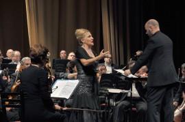 4 Algeria  il soprano Felicia Bongiovanni e l'Orchestra Sinfonica Algerina dirige il M°Francesco Di Mauro