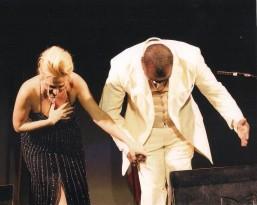 Angola 2011 Felicia Bongiovanni e il tenore angolano ringraziano il pubblico_2