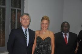 Felicia Bongiovanni con Ambasciatore Giuseppe Mistretta e  Ministro alla cultura angolano